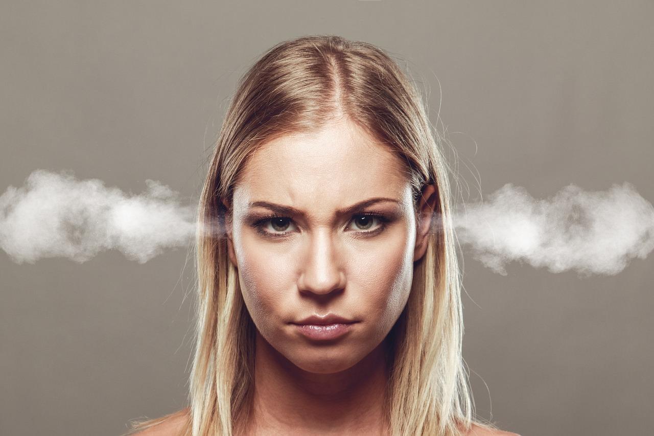 Como controlar as emoções em momentos difíceis?